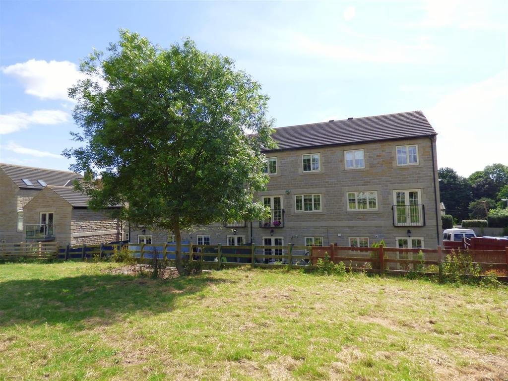 4 Bedrooms Town House for sale in Nann Hall Glade, Gomersal, Cleckheaton