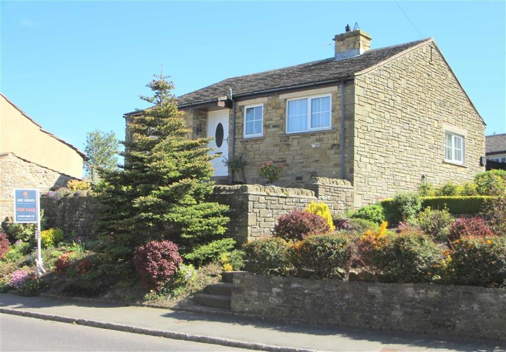 2 Bedrooms Detached Bungalow for sale in Chantry Garth, West Witton, Leyburn, North Yorkshire