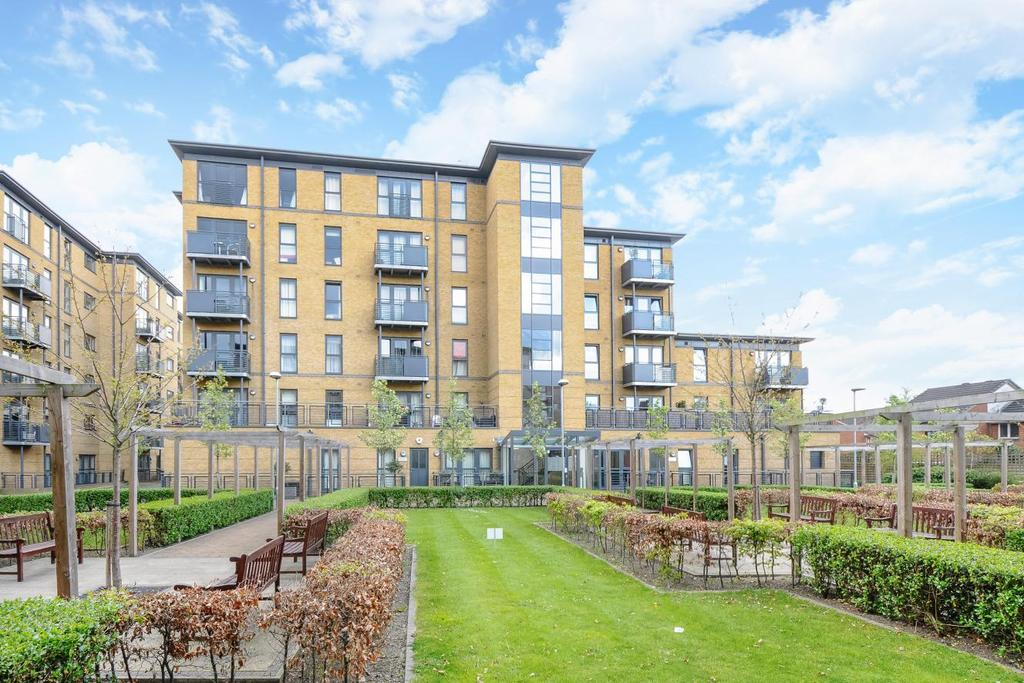 3 Bedrooms Flat for sale in Spa Road, Bermondsey, SE16
