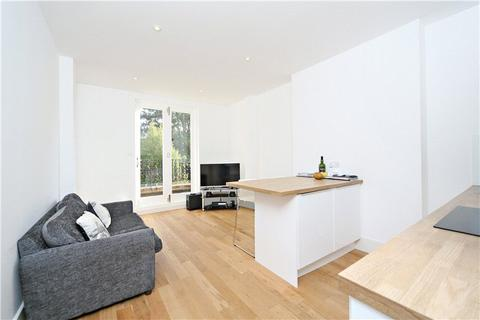 1 bedroom flat to rent - Chiswick High Road, Chiswick, London