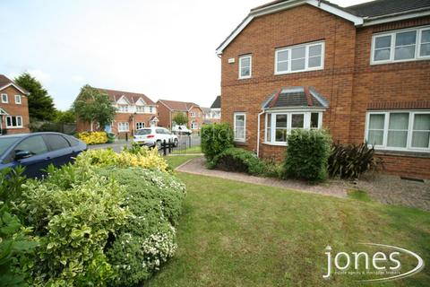 3 bedroom semi-detached house to rent - Honeycomb Avenue, Stockton on Tees, TS19 0FF