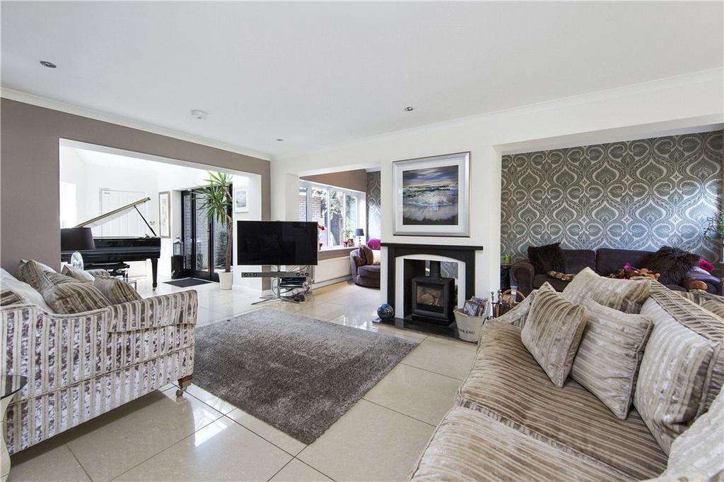 5 Bedrooms Detached House for sale in Fairmile Lane, Cobham, Surrey, KT11