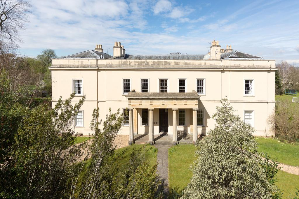 5 Bedrooms House for sale in Significant part of Grade II listed Brockley Hall