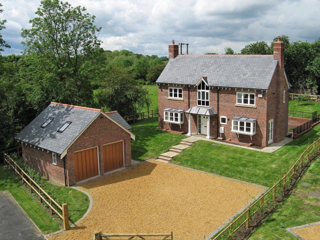 4 Bedrooms Detached House for sale in Hatton Flight, Birmingham Road, Hatton, Warwick