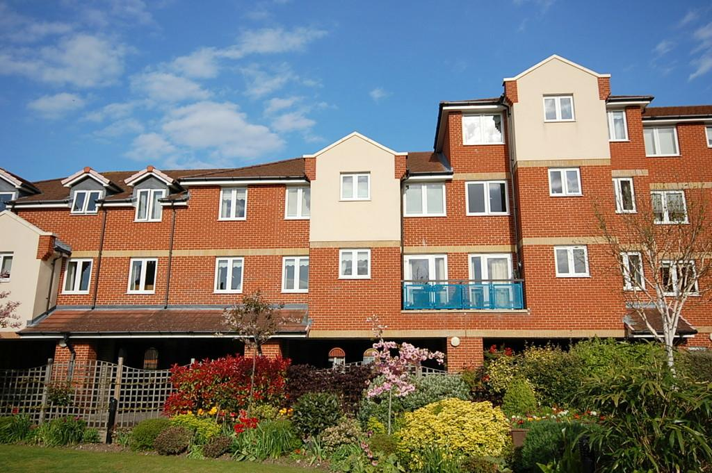 1 Bedroom Retirement Property for sale in Richmond Street, Herne Bay