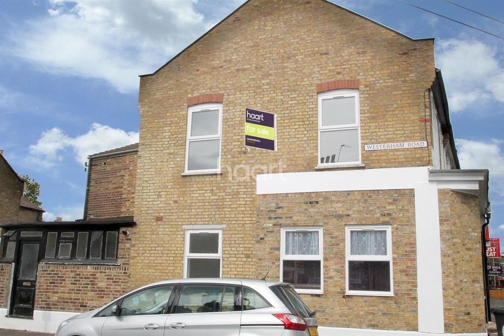 2 Bedrooms Flat for sale in Capworth Street