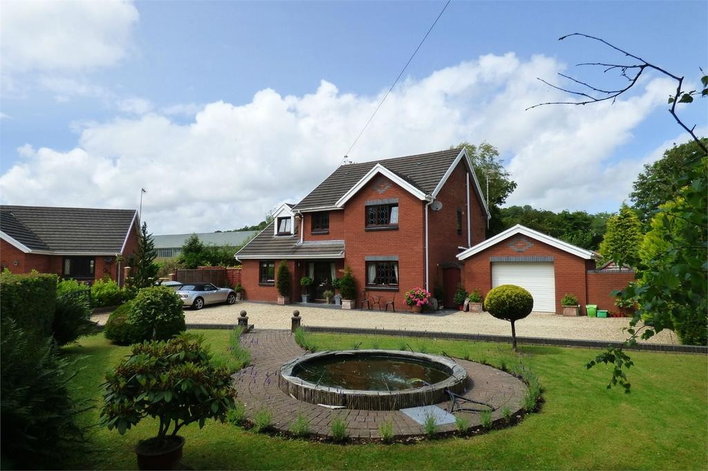 4 Bedrooms Detached House for sale in The Willows, Mwrwg Road, Llangennech, Carmarthenshire
