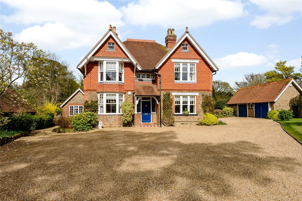 5 Bedrooms Detached House for sale in Brighton Road, Monks Gate, Horsham, West Sussex