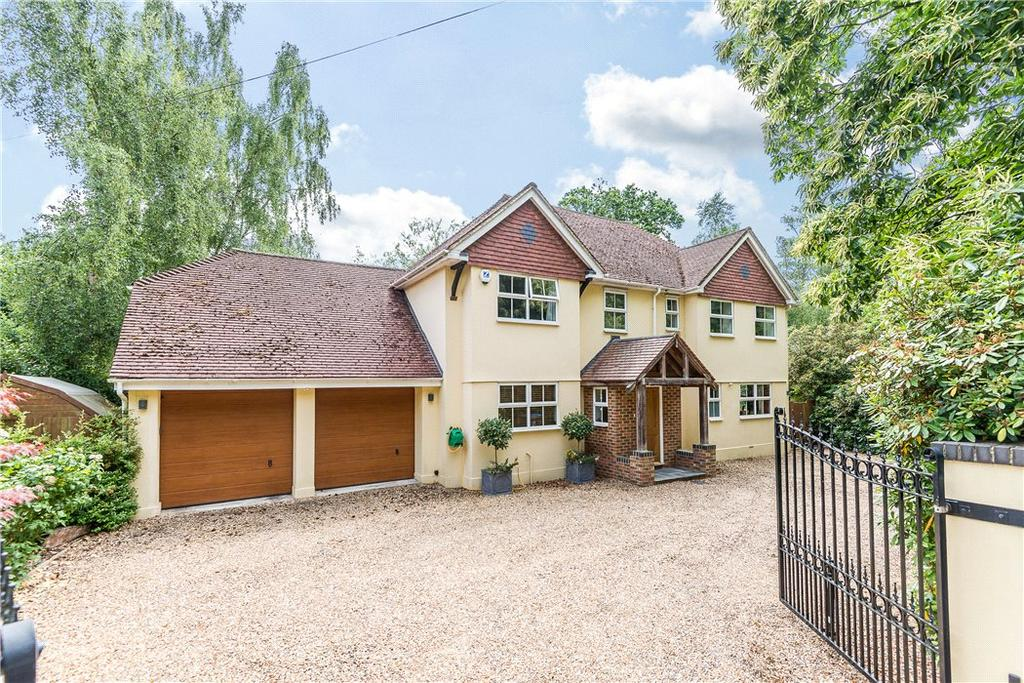 5 Bedrooms Detached House for sale in Christchurch Road, Virginia Water, Surrey, GU25