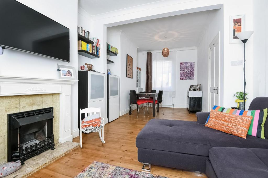 2 Bedrooms Terraced House for sale in Burnt Ash Hill, Lee, SE12
