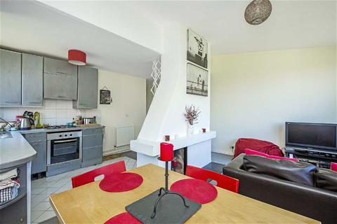 1 bedroom flat to rent - Fernlea Road, Balham