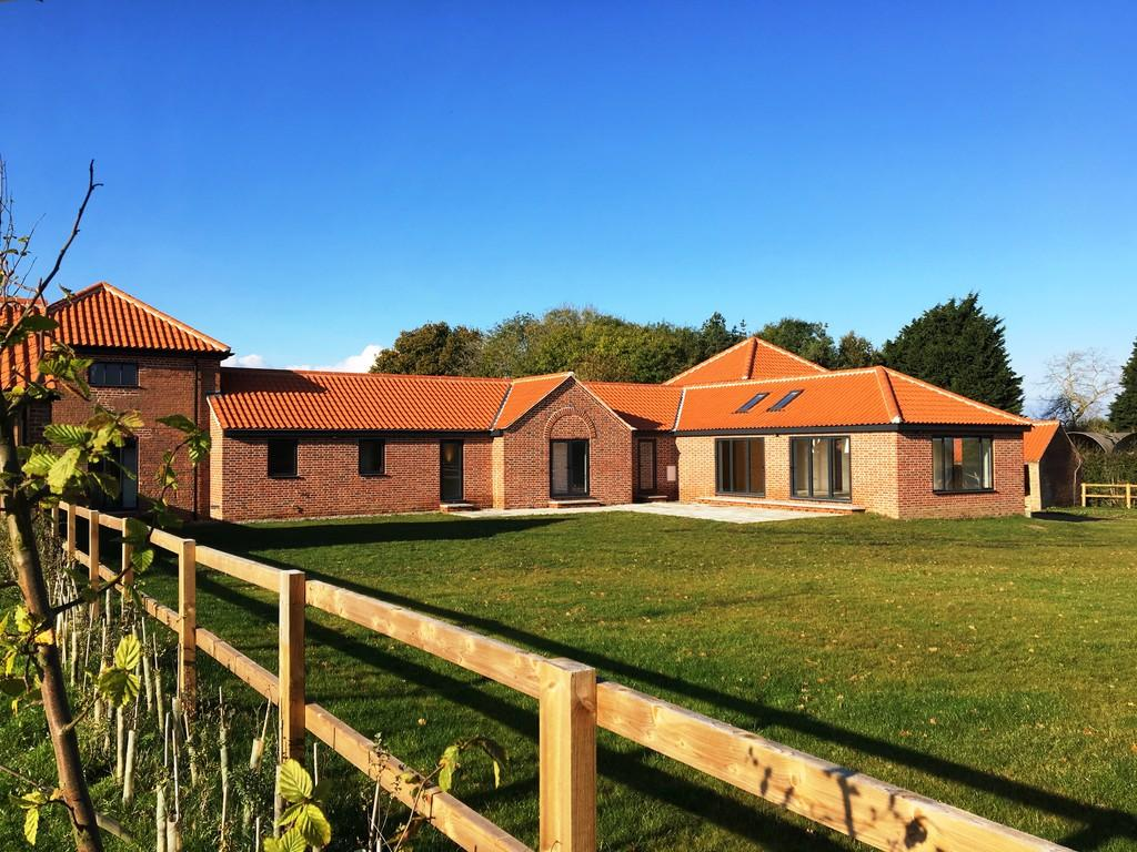 5 Bedrooms Barn Conversion Character Property for sale in Tower Barn, Heydon, NR11