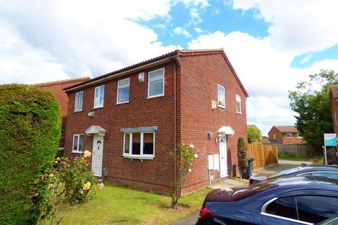 2 bedroom semi-detached house to rent - Branton Close, Wigmore, Luton, Bedfordshire, LU2 9TY