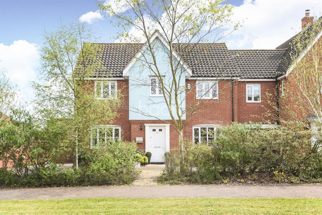4 Bedrooms Detached House for sale in Comfrey Way, Thetford