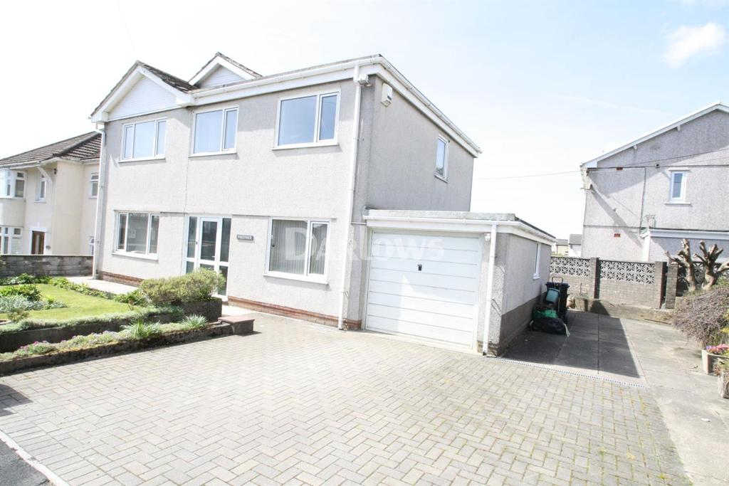 4 Bedrooms Detached House for sale in Whiteways, Beaufort Hill, Ebbw Vale, Gwent