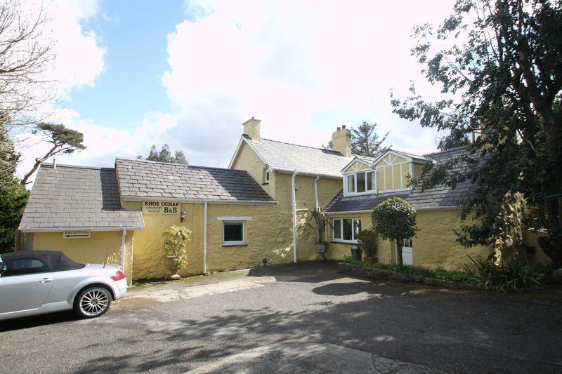 5 Bedrooms Detached House for sale in Llandygai, Gwynedd