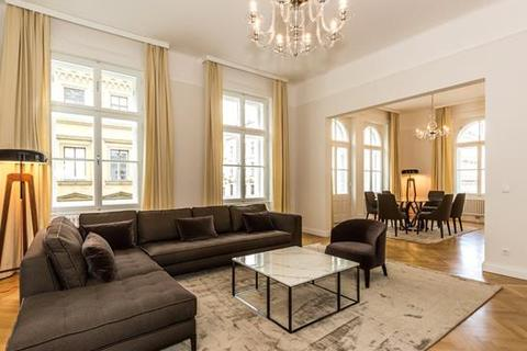 3 bedroom apartment  - Gonzagagasse, First District, Vienna