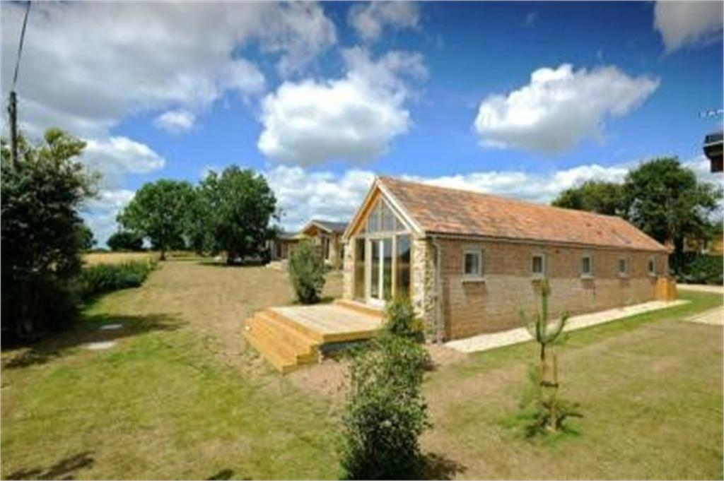 2 Bedrooms Barn Conversion Character Property for sale in Saxon Maybank, Underdown Hollow, Bradford Abbas, Sherborne, DT9