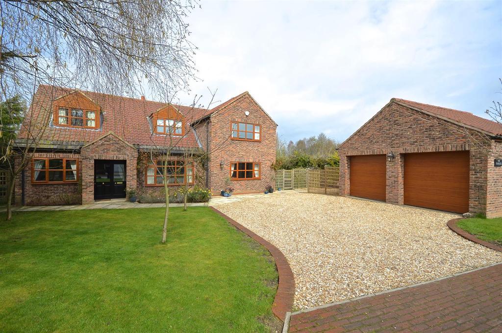 4 Bedrooms Detached House for sale in Gunthorpe, Doncaster