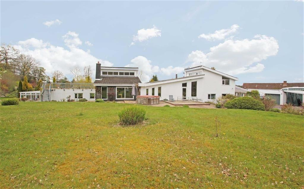 5 Bedrooms Detached House for sale in Mawley, Cleobury Mortimer, Worcestershire