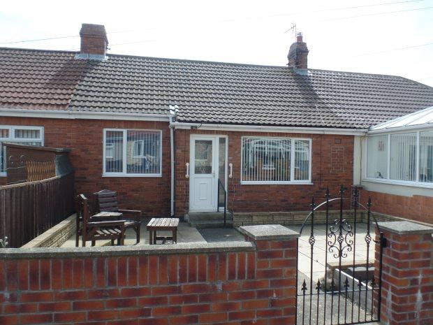 2 Bedrooms Terraced Bungalow for sale in AZALEA TERRACE, HORDEN, PETERLEE AREA VILLAGES