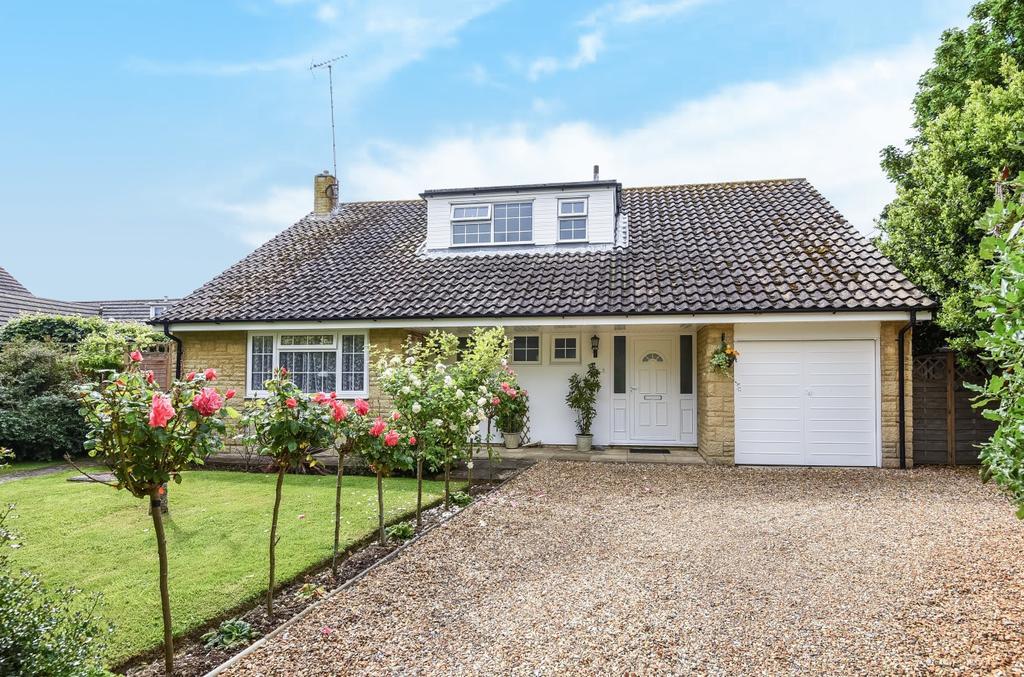 4 Bedrooms Detached House for sale in Kingsway, Craigweil, Aldwick, Bognor Regis, PO21