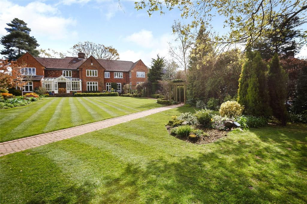 5 Bedrooms Detached House for sale in Oakfield Road, Harpenden, Hertfordshire