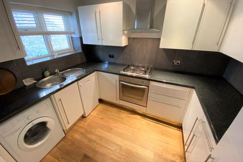 1 bedroom ground floor flat to rent - Regent Court, High Road, Whetstone