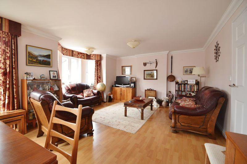 2 Bedrooms Apartment Flat for sale in Boskerris Road, Carbis Bay, Cornwall