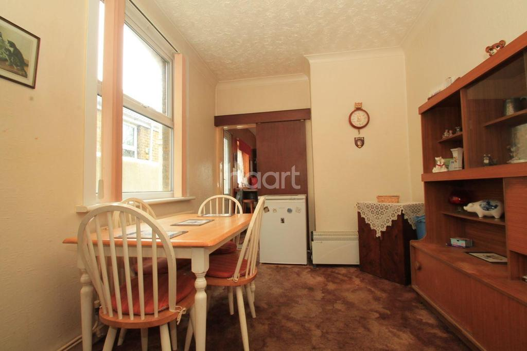 3 Bedrooms Terraced House for sale in Halfway Road, Halfway