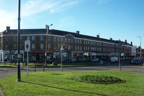 1 bedroom apartment to rent - Hampton Court