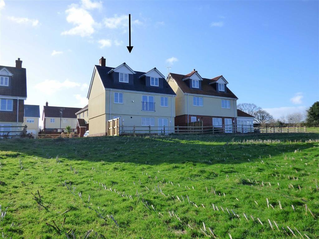 3 Bedrooms Detached House for sale in Crown Hill, Halberton, Tiverton, Devon, EX16