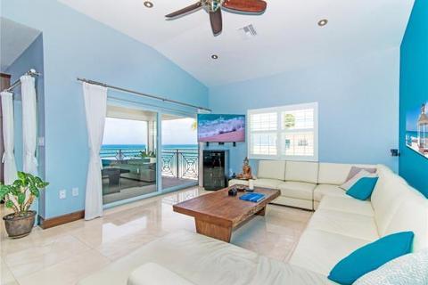 2 bedroom apartment  - Regal Beach Resort, Seven Mile Beach, Grand Cayman