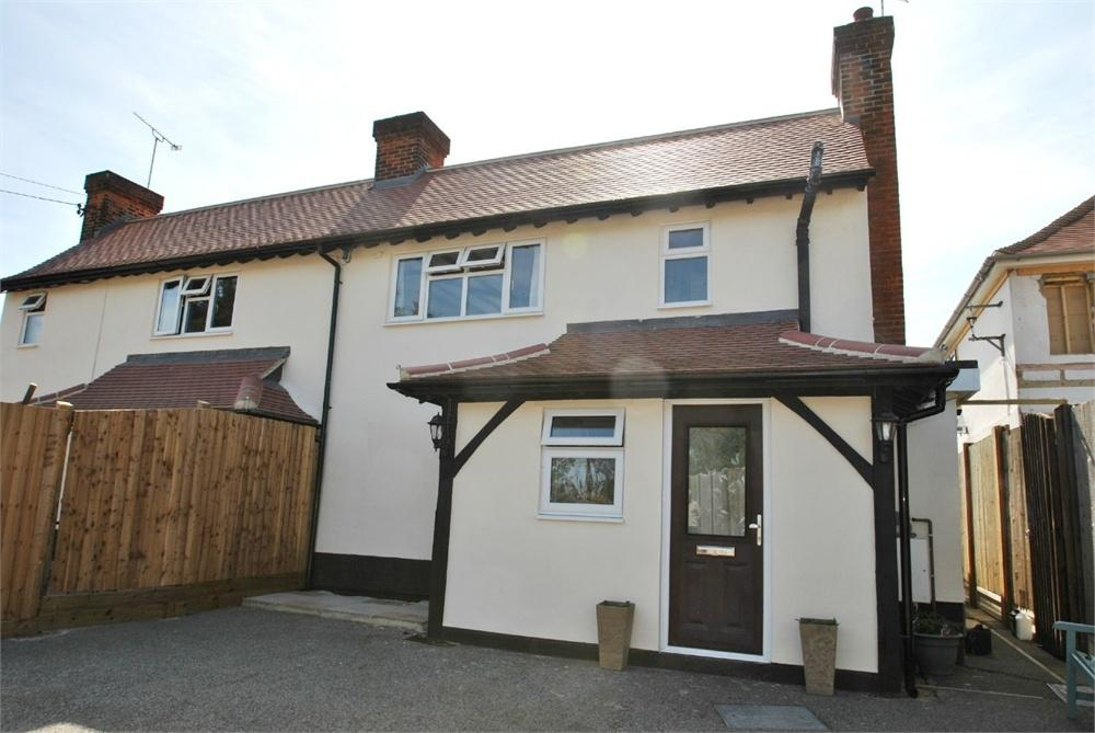 2 Bedrooms Semi Detached House for sale in Tye Green, Cressing, Braintree, Essex