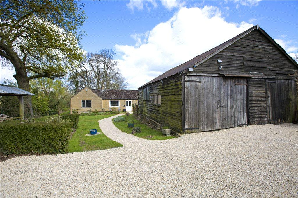 2 Bedrooms Detached Bungalow for sale in Stanway Road, Stanton, Nr Broadway, Worcestershire, WR12
