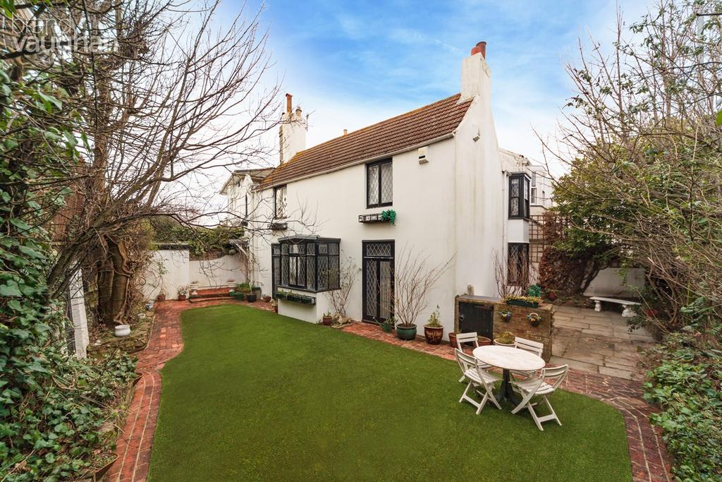 4 Bedrooms Cottage House for sale in Vine Place, BRIGHTON, BN1