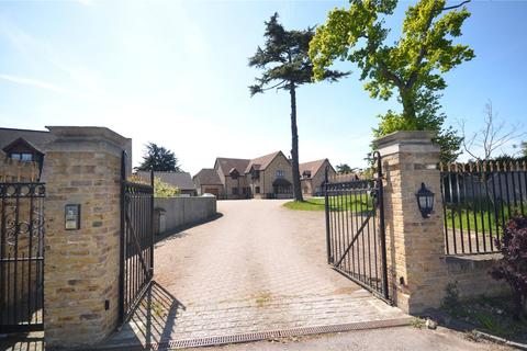 3 bedroom detached house to rent - Burghfield Bridge, Burghfield, Reading, Berkshire, RG30