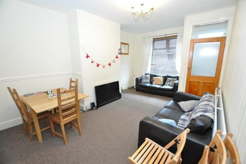 5 bedroom house to rent - Field Street, South Gosforth, Newcastle Upon Tyne