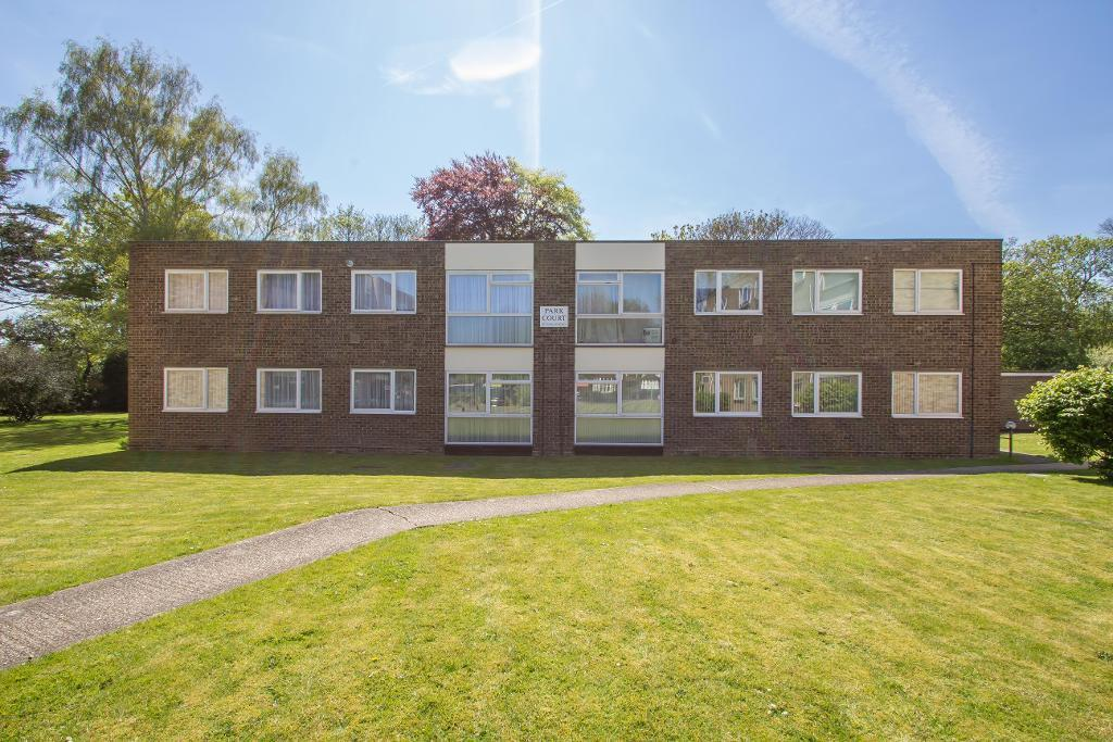 2 Bedrooms Flat for sale in 33 Warham Road, South Croydon, Surrey, CR2 6LJ