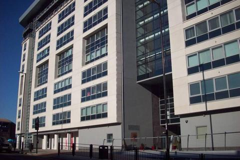 2 bedroom apartment to rent - West Wear Street, Sunderland, Tyne & Wear, SR1 1XD
