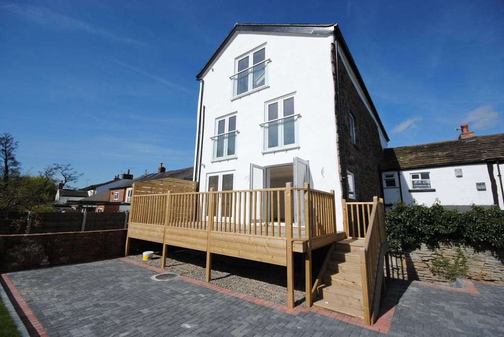 2 Bedrooms Apartment Flat for sale in Abacus House, London Road South, Poynton