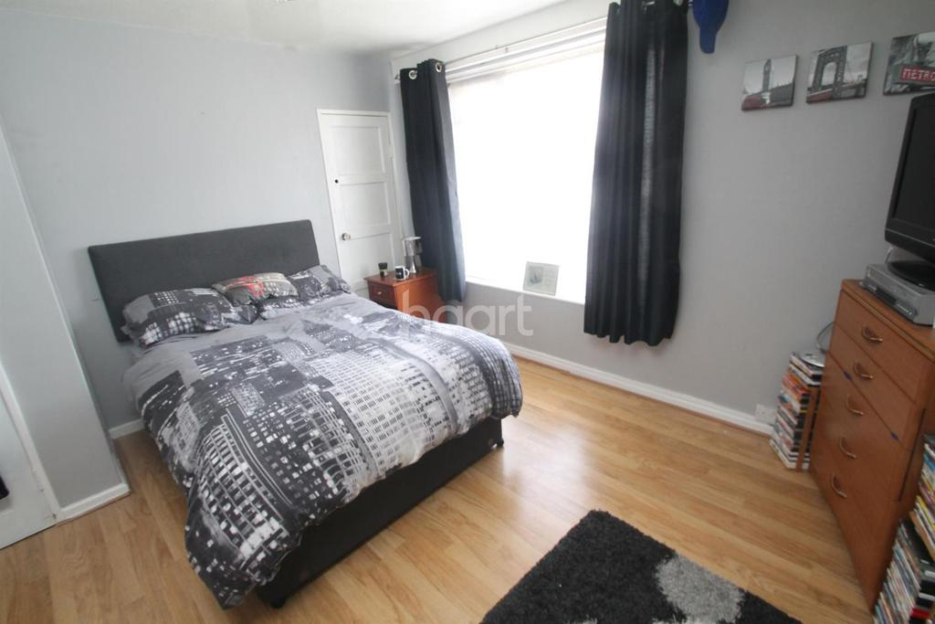 3 Bedrooms Flat for sale in Pasley Street, Stoke