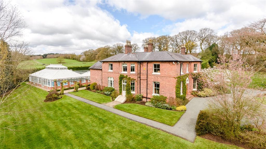 6 Bedrooms Unique Property for sale in Kelsall, Tarporley, Cheshire, CW6