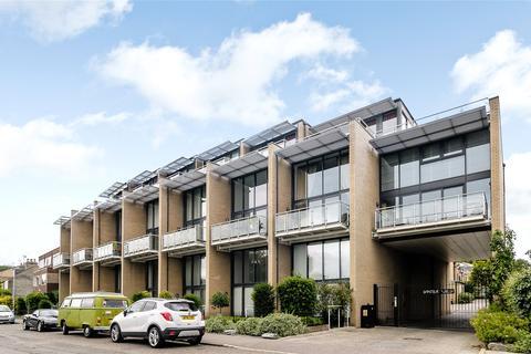 2 bedroom penthouse to rent - Water View, Riverside, Cambridge, Cambridgeshire, CB5