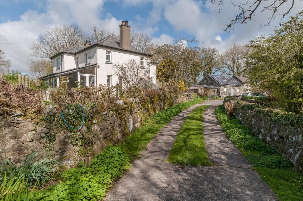 4 Bedrooms Detached House for sale in Chwilog, Pwllheli, North Wales