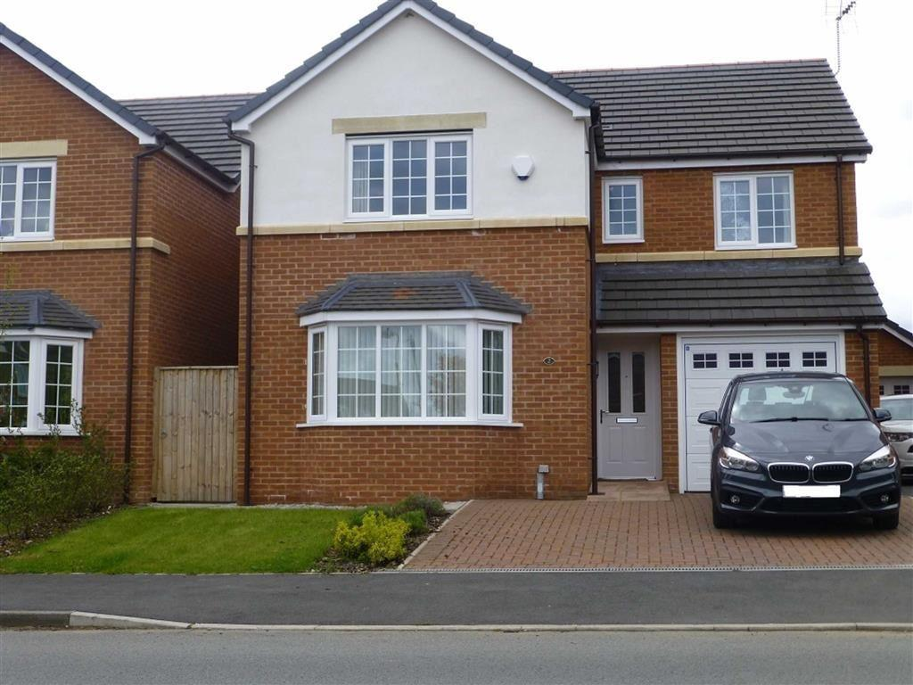 4 Bedrooms Detached House for sale in Queens Court, Bradley, Wrexham