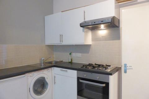 2 bedroom flat to rent - Brunswick Road - P1137