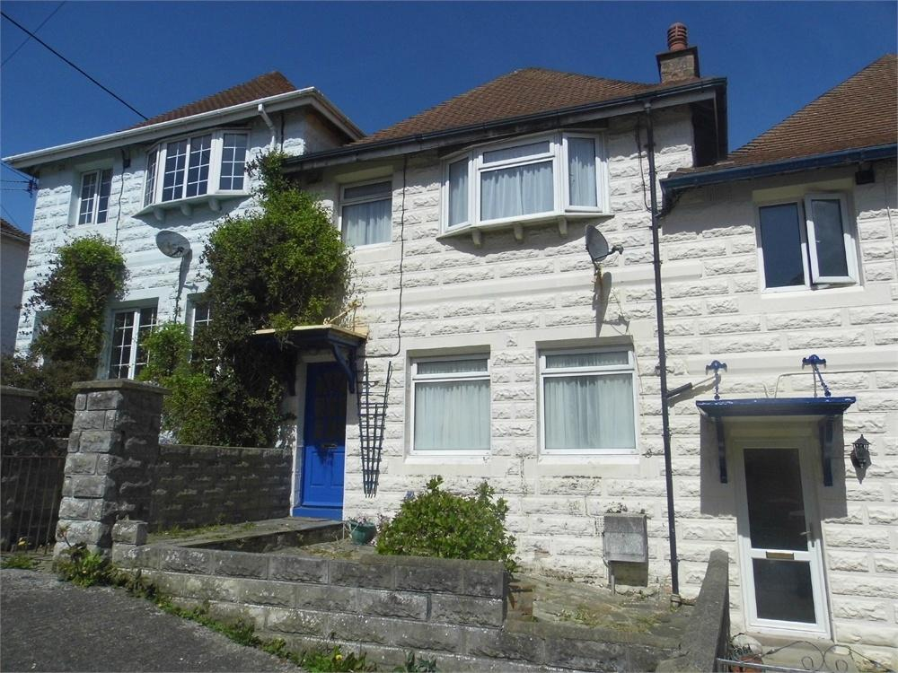 4 Bedrooms Terraced House for sale in 7 St Davids Place, Goodwick, Pembrokeshire