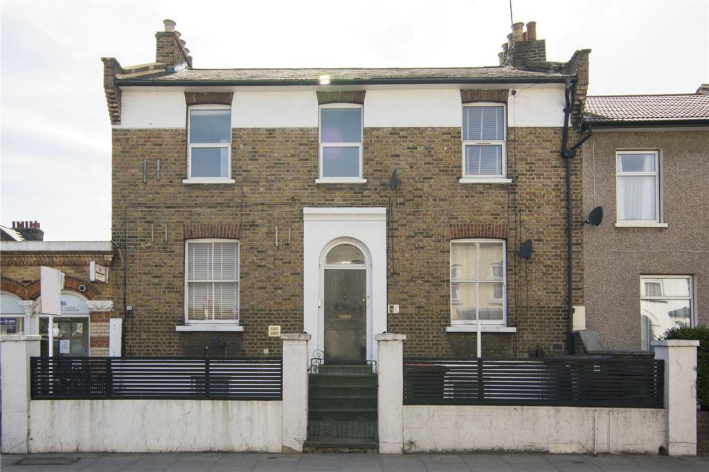 1 Bedroom Flat for sale in Water Lane, London, E15