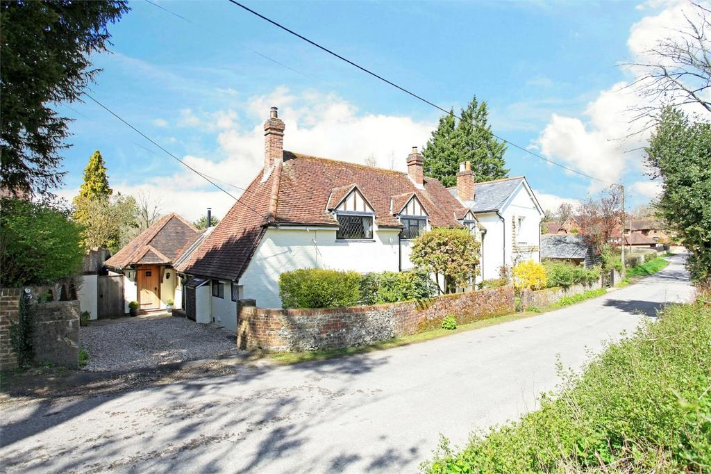 3 Bedrooms Semi Detached House for sale in Meonstoke, Hampshire